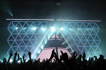 daft punk alive 2007 pyramid photo