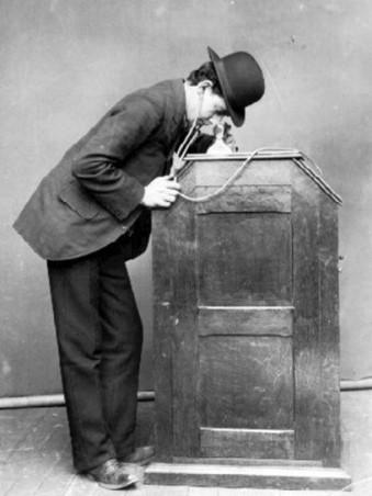 Utilisateur kinétophone écouteurs 1895