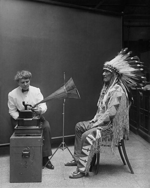 Enregistrement chef indien phonographe 1916 Frances Densmore