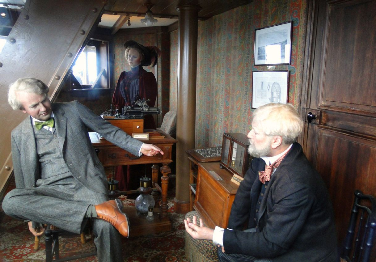 reconstitution bureau Gustave Eiffel tour phonographe Thomas Edison 1891