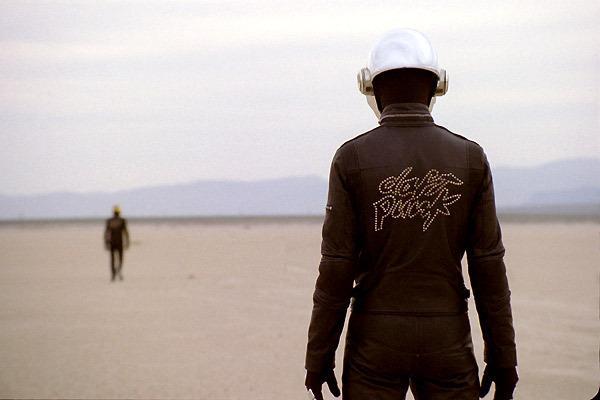 daft punk's electroma - desert scene